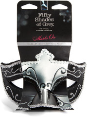 Afbeelding 2 van Masks On - Masquerade Mask Twin Pack